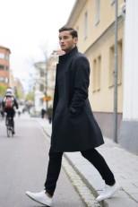pardessus-gris-fonce-jean-skinny-noir-baskets-basses-blanc-large-7025